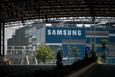 Samsung nói gì trước thông tin chuyển một phần sản xuất điện thoại từ Việt Nam qua Ấn Độ?