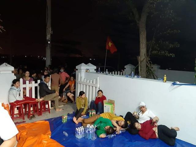 Dân vây dự án đòi sổ đỏ ở Quảng Nam: Ba bên vẫn tiếp tục đôi co - Ảnh 1.