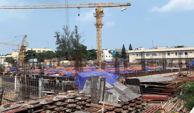 TPHCM xử phạt một doanh nghiệp xây trái phép cả siêu thị - Ảnh 1.