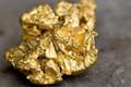 Giá vàng hôm nay 16/3: Giành lại mốc 1.300 USD, palladium lên kỷ lục mới