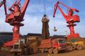 Giá thép xây dựng hôm nay (21/3): Giá quặng sắt giảm mạnh gần 6%