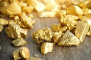 Giá vàng hôm nay 13/3: Tăng nhẹ khi đồng USD thụt lùi