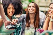 5 kiểu bạn bè sẽ khiến bạn sớm tiền mất tật mang