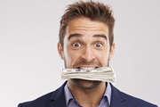 10 bẫy tâm lí về tiền bạc chúng ta thường tự lừa dối chính mình