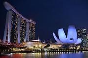 Paris và Hong Kong 'đuổi kịp' Singapore trở thành 3 thành phố đắt đỏ nhất thế giới