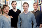 4 chàng trai khởi nghiệp với ứng dụng đọc sách hộ người bận rộn