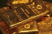 Giá vàng hôm nay 21/2: Neo ở gần đỉnh nhiều tháng dù đồng USD phục hồi