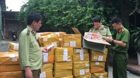 Hà Nội thu giữ gần 14.000 lọ tinh dầu thuốc lá điện tử