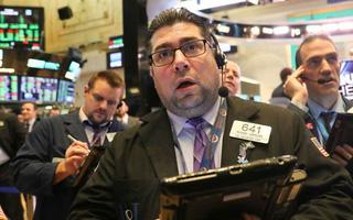 Chứng khoán Mỹ 20/3: Dow Jones mất hơn 100 điểm khi Fed dự báo không tăng lãi suất