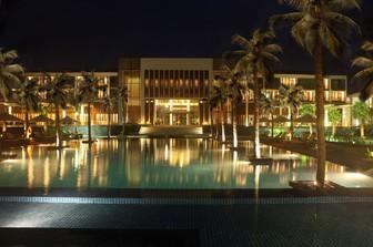 Khách sạn Sunrise Hội An bị kê biên, Tập đoàn Đại Dương đặt kế hoạch lãi ròng giảm mạnh